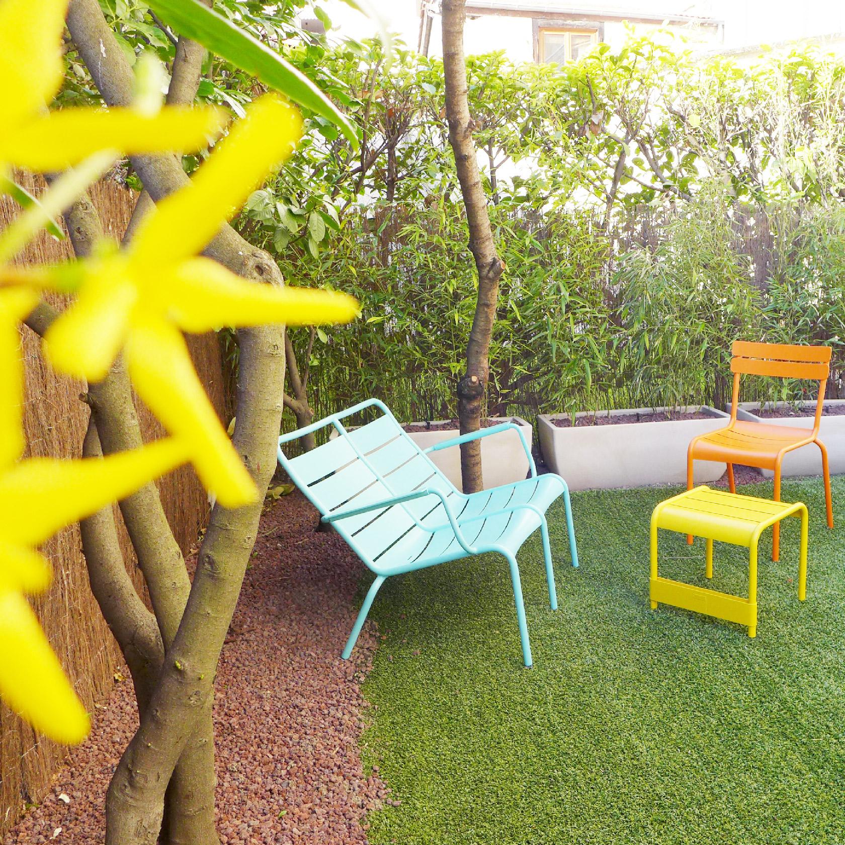 rez-jardin-fermob-luxembourg-bleu-jaune